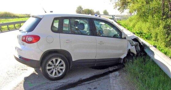 compagnia-assicurativa-auto-distrutta.jpg